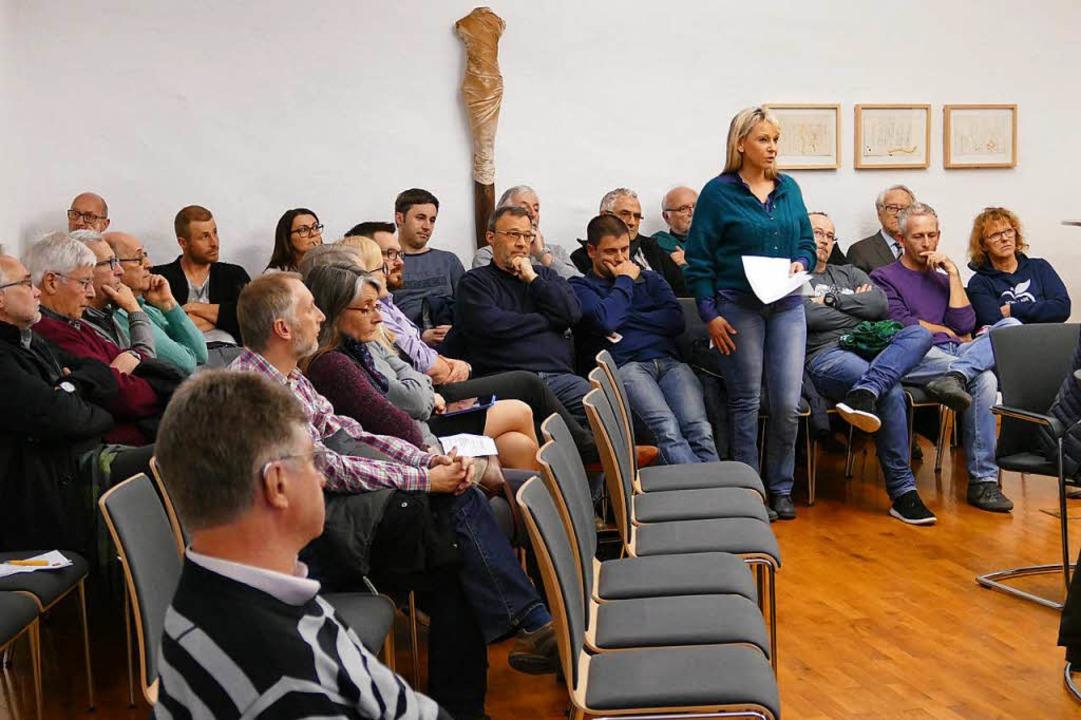 In der Gemeinderatssitzung am 21. März...elegation aus Wettelbrunn im Publikum.  | Foto: Hans-Peter Müller