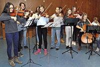 Musikschüler spielen in Wolfenweiler