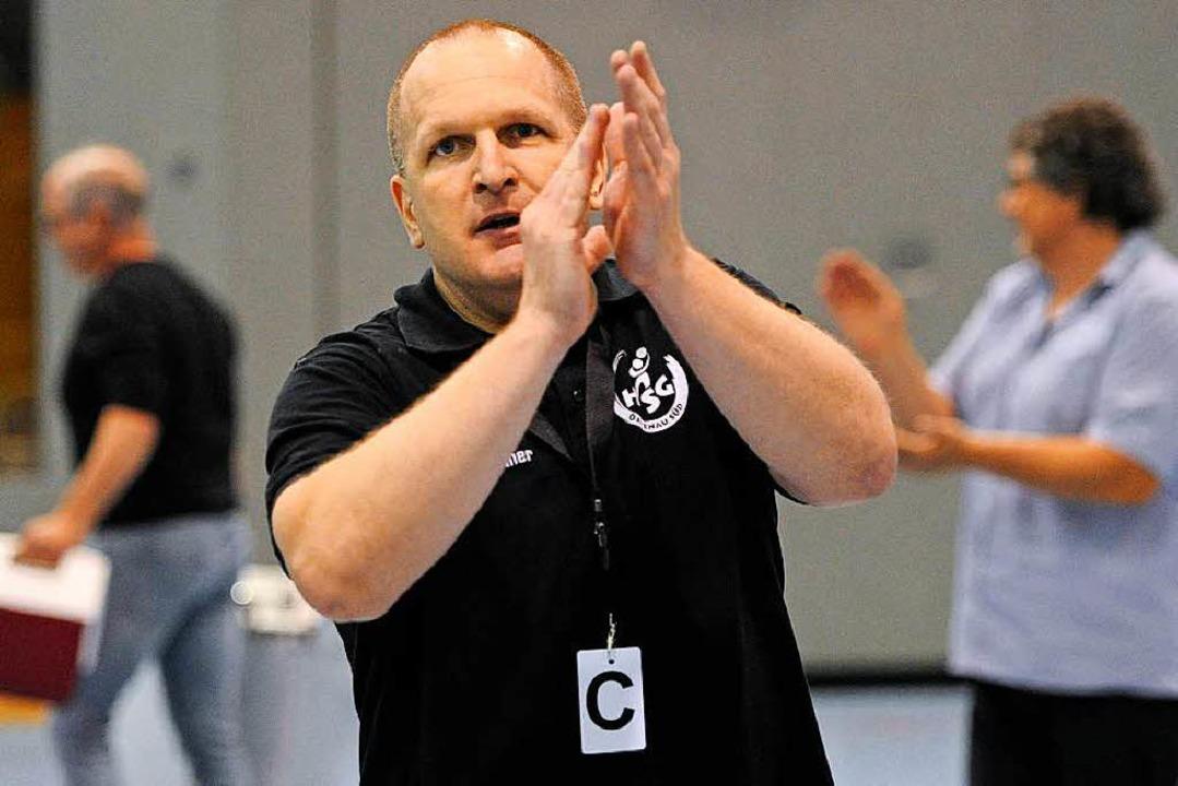 Applaus von HSG-Trainer Mirko Reith.  | Foto: Pressebüro Schaller