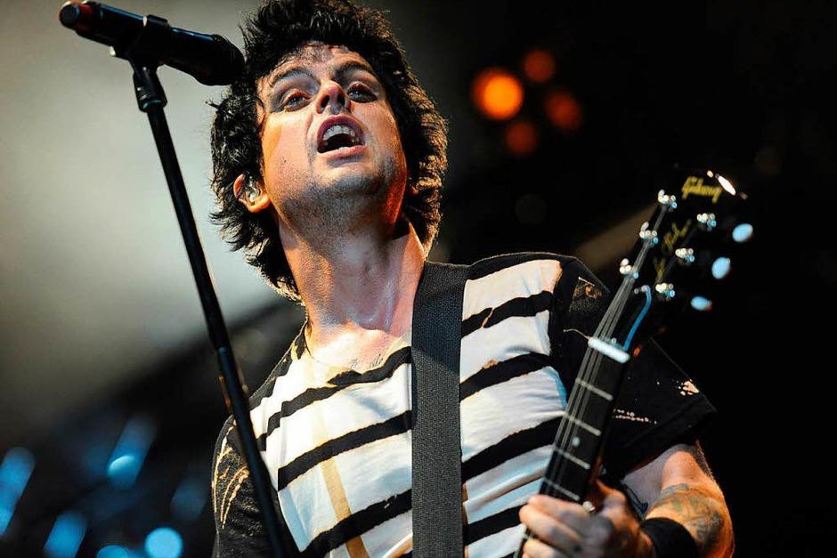 Billie Joe Armstrong, Sänger und Gitarrist bei Green Day – mit einer Gibson. (Foto: dpa)