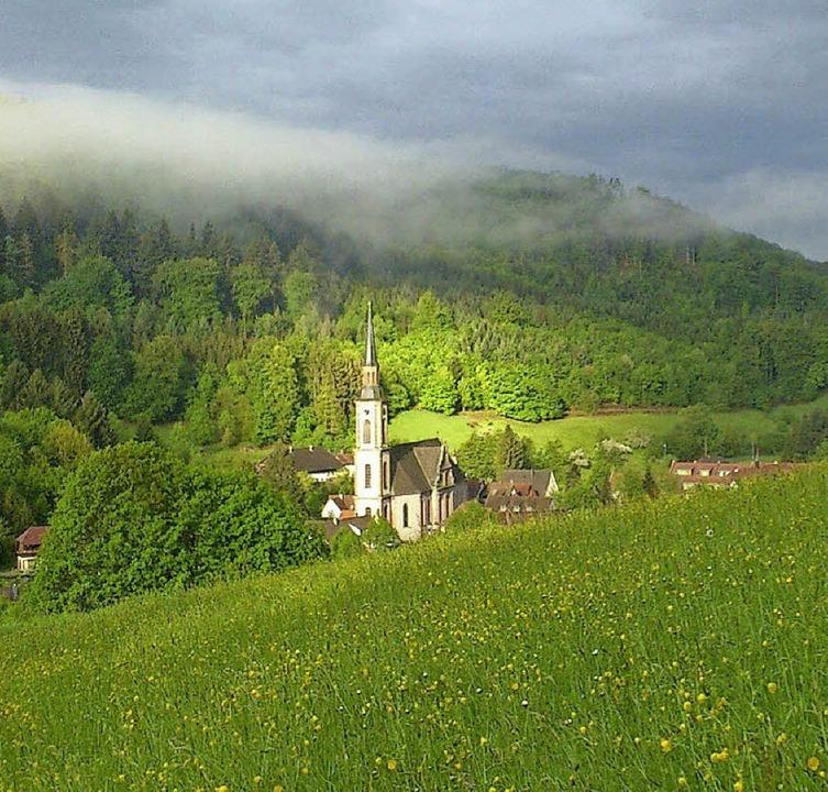 Die Sonne strahlte im April mehr als s...ich die Wallfahrtskirche St. Landolin.  | Foto: Patrick Ohnemus