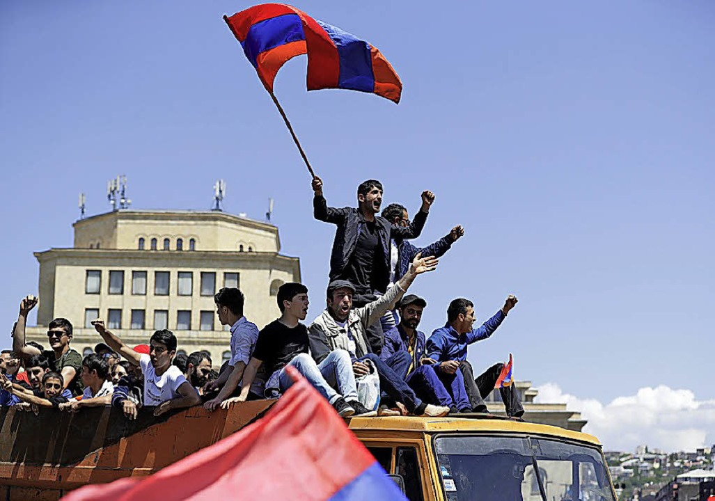 Armenischer Oppositionsführer kündigt Totalblockade an