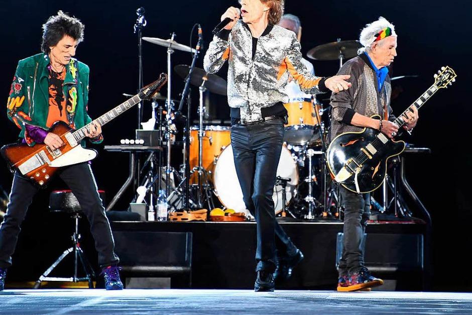 Beim Konzert der Rolling Stones 2017 in Hamburg spielen Ron Wood (links) und Keith Richards Gibson-Gitarren. (Foto: Carsten Rehder)