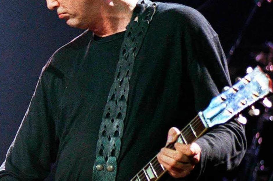 Jimmy Page, Gründer von Led Zeppelin, soll im Lauf seiner Karriere 1500 Gitarren besessen haben. Wie bei vielen anderen  galt seine Vorliebe dabei dem Gibson-Modell Les Paul. (Foto: epa apa Hans Techt)