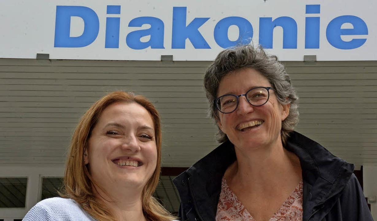 Freuen sich über einen Landeszuschuss: Nazmije Mahmutaj und Sigrid Fuchs   | Foto: Lauber