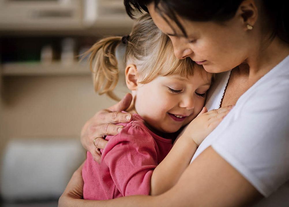 Gelingende Beziehung: Das Märchen von der bösen Stiefmutter ist passé.   | Foto: Adobe.com/Katharina Gossow