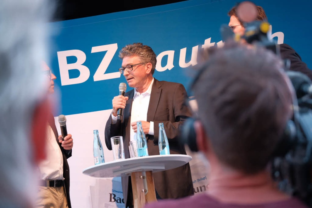 Abgewählt: Emotional zeigte sich Freiburgs OB Dieter Salomon.  | Foto: Miroslav Dakov