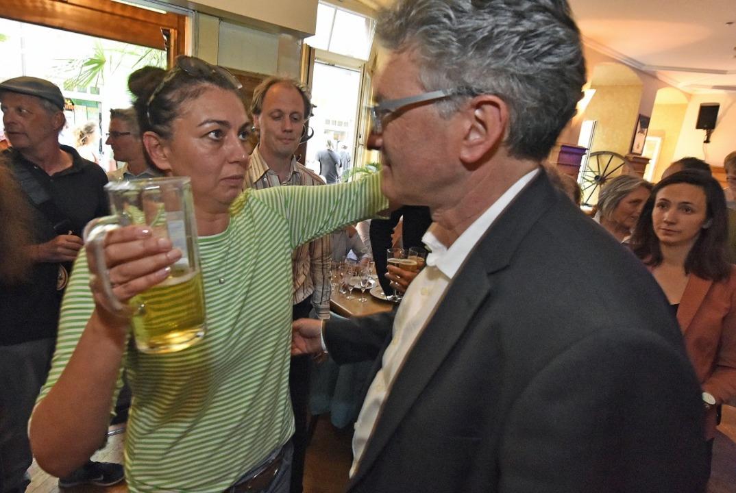 Betretene Gesichter auf der Wahlparty von Dieter Salomon  | Foto: Michael Bamberger