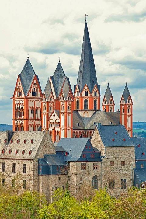 Imposantes Wahrzeichen des Lahntals: der Limburger Dom  | Foto: © mojolo, stock.adobe.com