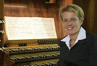 Überlinger Organistin Melanie Jäger-Waldau gestaltet die Orgelmusik zur Marktzeit am Samstag, 12. Mai, im Bad Säckinger Münster