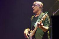Der Bassist Carmine Rojas kommt nach Freiburg und Pratteln