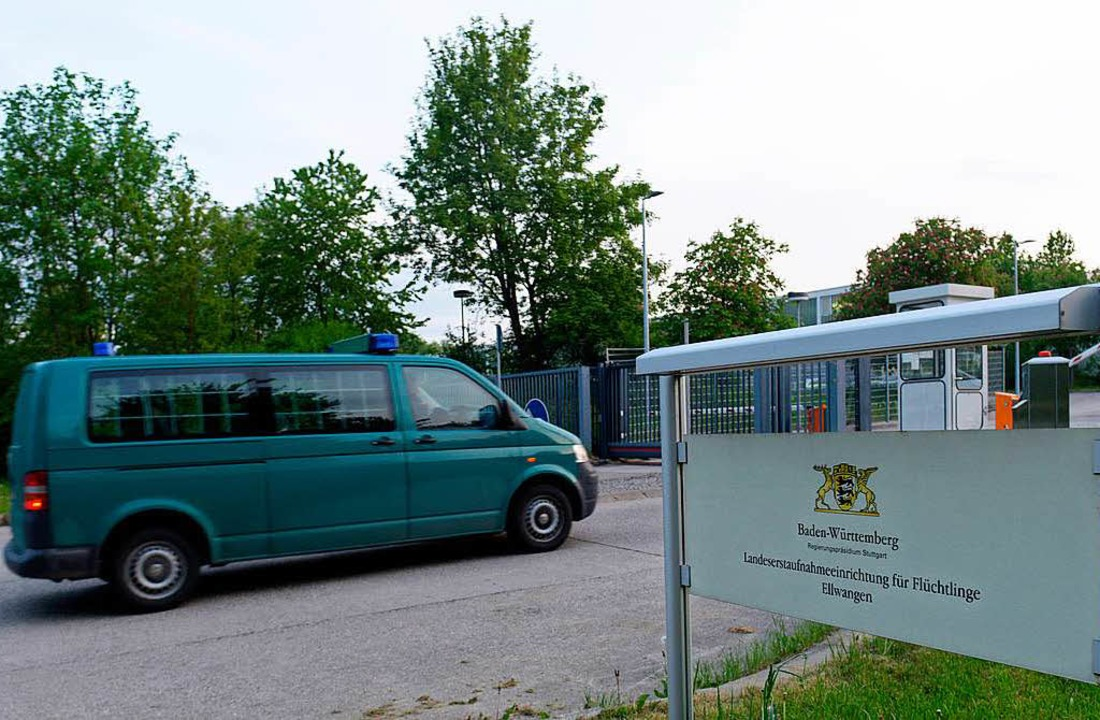 Flüchtlinge: Gericht: Flüchtling darf nach Italien zurückgeführt werden