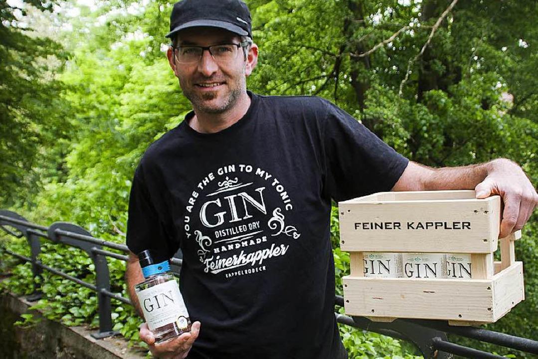 Axel Baßler, Inhaber der Destillerie F...ler, bringt seinen London Dry Gin mit.  | Foto: Werbeagentur Think Orange