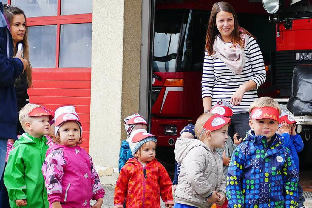 Besuch bei der Feuerwehr.  | Foto: Juliane Kühnemund