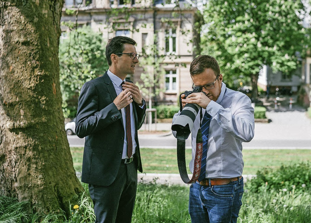 Fionn Große (rechts) war im OB-Wahlkam...nahmen für dessen Internet-Auftritt.    | Foto: Frank Weik