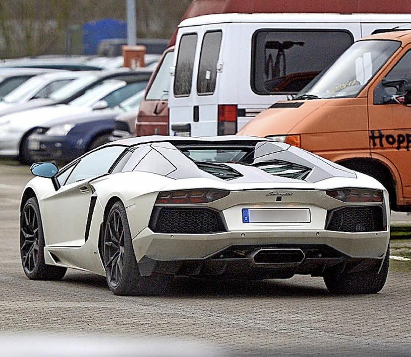 Wieses Lamborghini, als die Polizei ihn 2017  konfiszierte.   | Foto: dpa