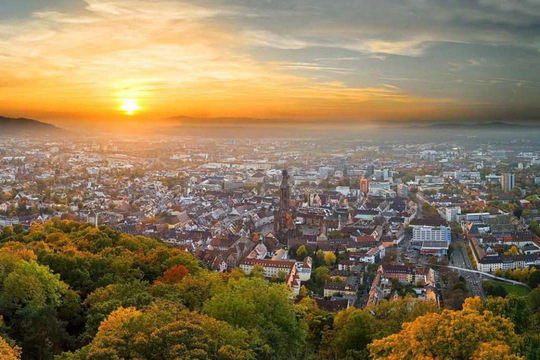 Freiburg ohne großes Tamtam genießen geht schon lange nicht mehr.  | Foto: Eyetronic (Adobe Stock)