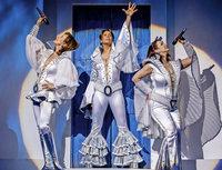 Erfolgsmusical Mamma Mia kehrt im Frühjahr 2019 auf die Bühnen in Zürich und Basel zurück