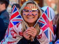 Fotos: Fans der Royal Wedding von Prinz Harry und Meghan Markle