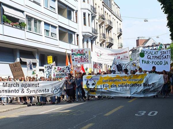 Proteste gegen Monsanto und Syngenta in Basel