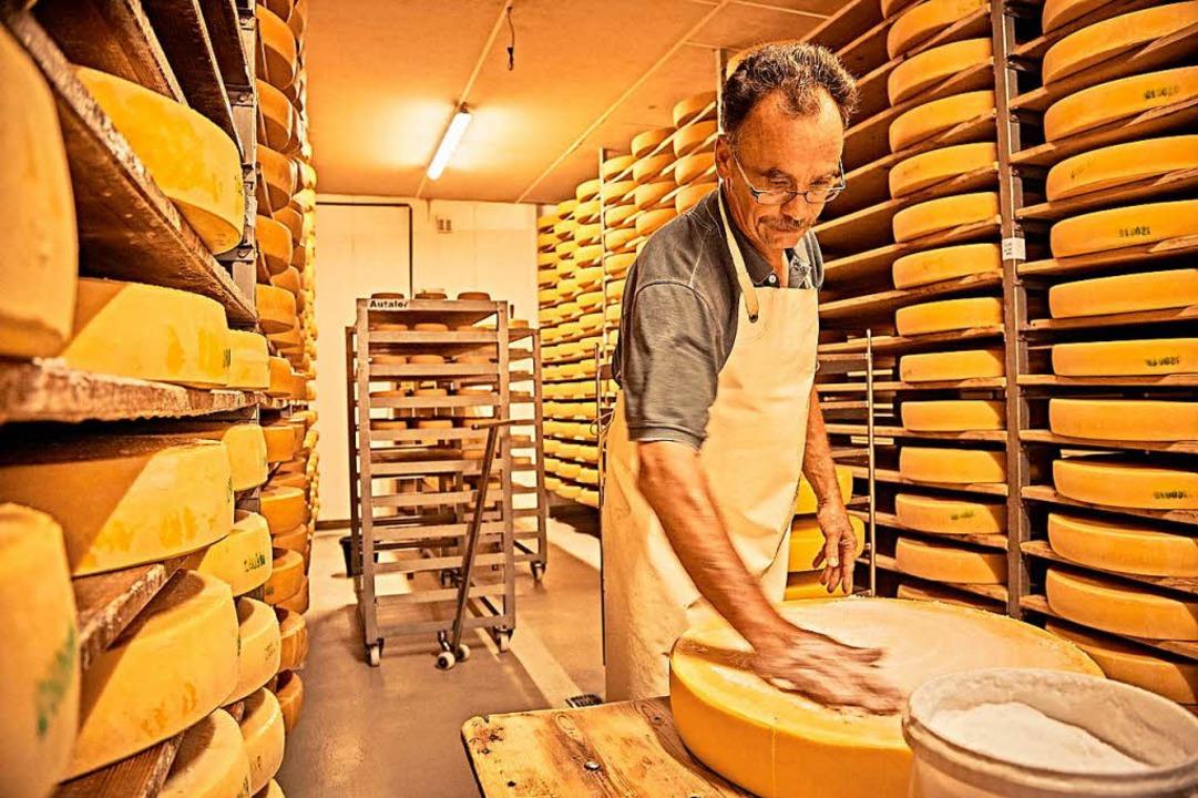 Genuss: Ein Dorf macht Käse.  | Foto: Gert Krautbauer