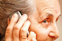 Hier spricht die Polizei? Falsche Kommissare betrügen Rentner am Telefon