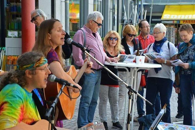 Mitsing-Konzert der BZ: Eine Polonaise auf dem Marktplatz