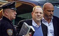 Weinstein stellt sich der Polizei