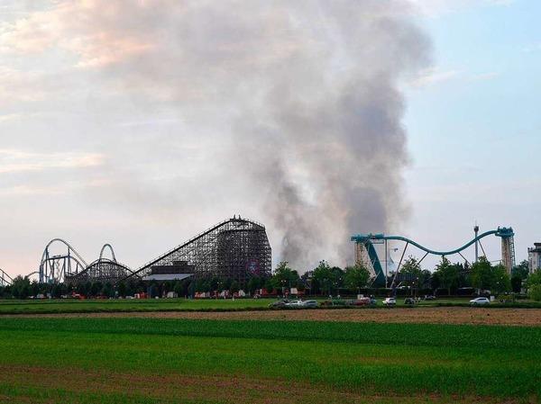 Der vermutlich größte Einsatz für Südbadens Wehren: Großbrand im Europa-Park in Rust.