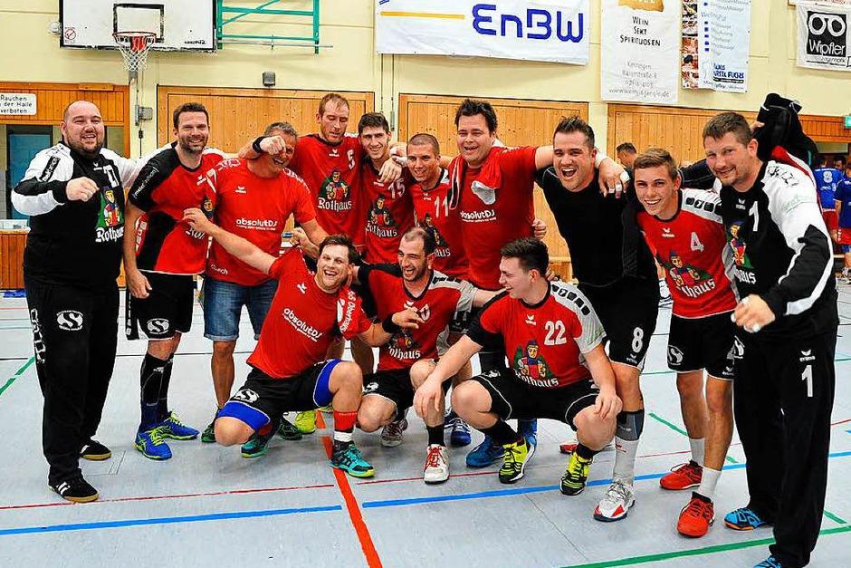 Entscheidung in Kenzingen: Trotz einer 24:27-Niederlage kann sich der TuS Oberhausen in der Relegation am Ende durchsetzen. (Foto: Achim Keller)