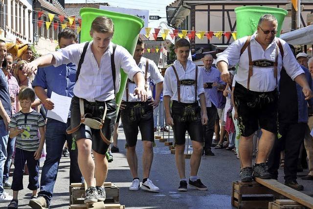 Fest in den Höfen und Lauben des Winzerdorfs