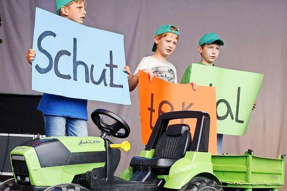 """""""Ich bin stolz, ein Schuttertaler Dorfkind zu sein"""" sang der Chor der Grundschule Schuttertal auf der Landesgartenschau. (Foto: Heidi Foessel)"""