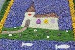 800 Meter langer Blumenteppich schmückt Unadingen