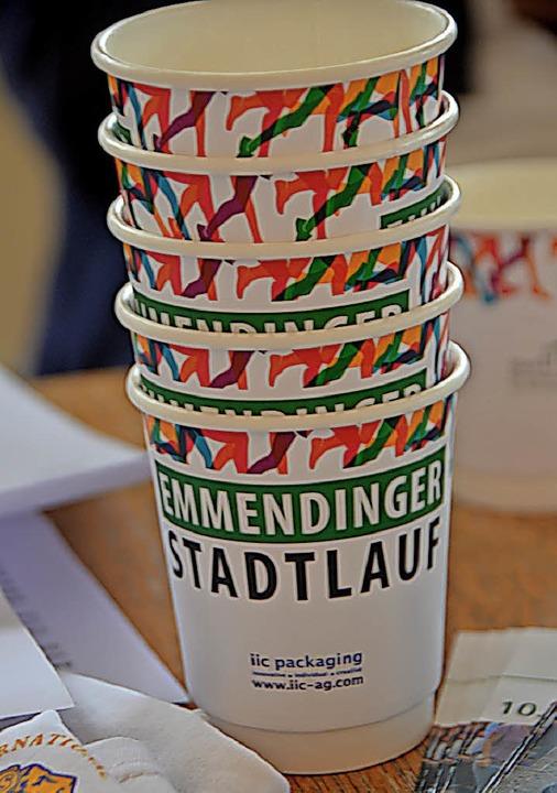 Die neuen Trinkbecher sind stabiler und biologisch abbaubar.  | Foto: Gerhard Walser