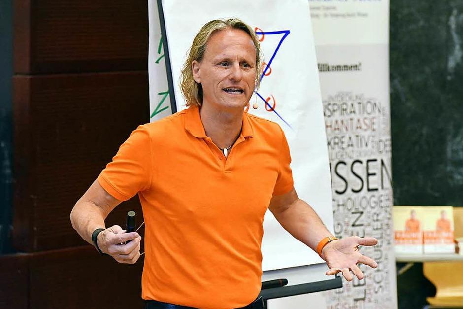 Thomas Baschab beim BZ-Wissensforum (Foto: Thomas Kunz)