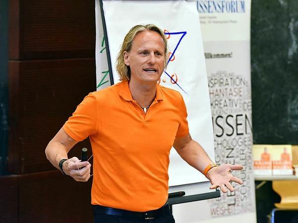 Thomas Baschab beim BZ-Wissensforum