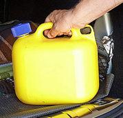 Kraftstoff im Kofferraum