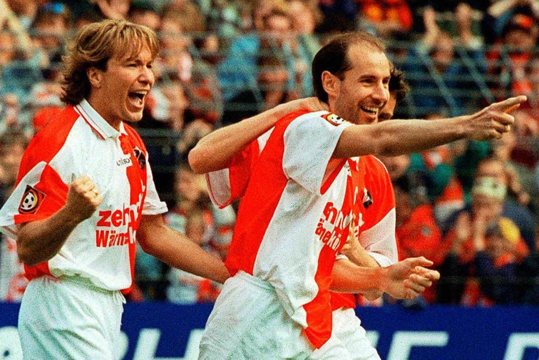 Michael Sternkopf (links) und Ralf Koh...pf damals noch im Trikot der Münchner.  | Foto: Rolf_Haid