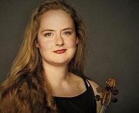 Nina Reddig (Vilolin) und Miriam Overlach (Harfe) geben am Montag, 11. Juni, Konzert in der Sigma Klinik in Bad Säckingen
