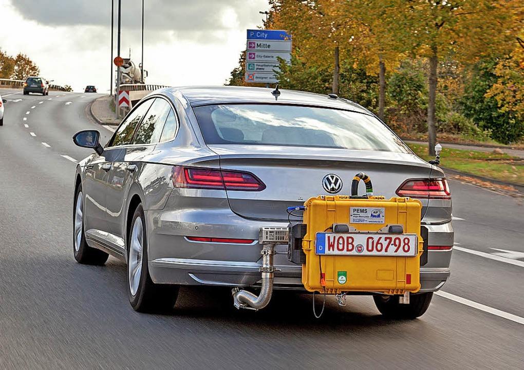 Huckepack: Zu den Neuregelungen gehört...9 auch der RDE-Test auf der Straße.     | Foto: VW