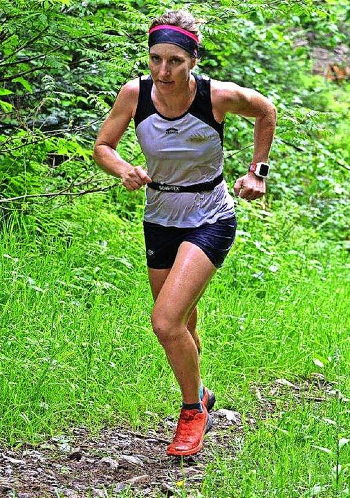 Die zweitschnellste Frau: Simone Schwa...33 Minuten nach der Siegerin das Ziel.  | Foto: Murst