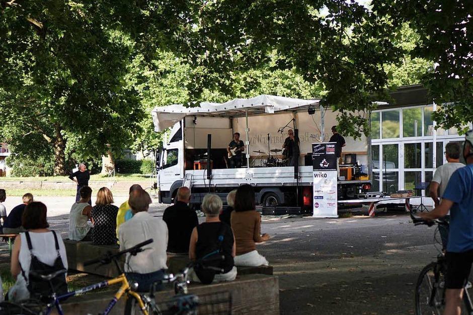 Freiburger Blues Association am Alten Messplatz (Foto: Simon Langemann)