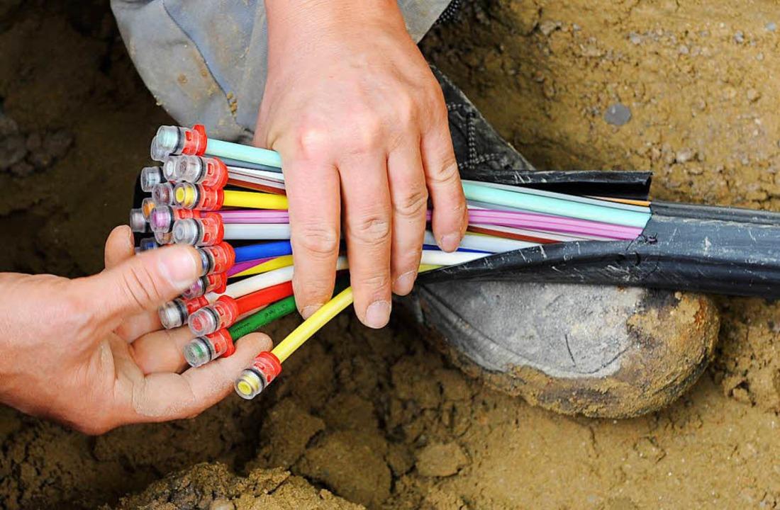 Der Ausbau des Breitbandnetzes steckt fest.  | Foto: dpa