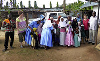 Mit einem Fuß in Afrika