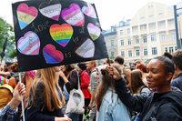 Der Freiburger CSD-Umzug soll laut Veranstalter definitiv stattfinden