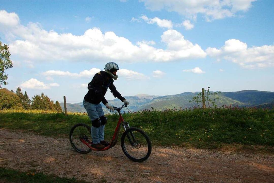 Die Rollerstrecke auf dem Schauinsland...ängste Downhill-Rollerstrecke Europas.  | Foto: Matthias Maier