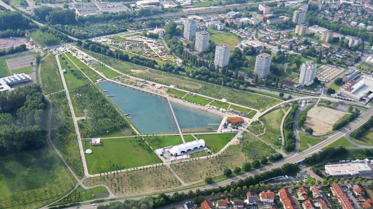 Dieses Luftbild vom Seepark hat Bernd ...Zeppelinflug über das Gelände gemacht.  | Foto: Bernd Prengel  (Lahr)