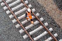 Bahn darf geplanten Lärmschutz beim Ausbau der Rheintalbahn nicht reduzieren, sagt der Bund