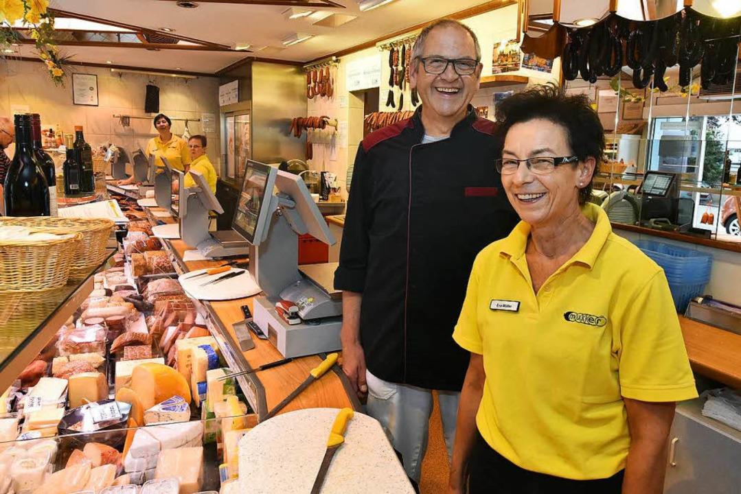 Eva und Volkhard Müller verkaufen seit...hnten in der Wiehre Fleisch und Wurst.  | Foto: Michael Bamberger