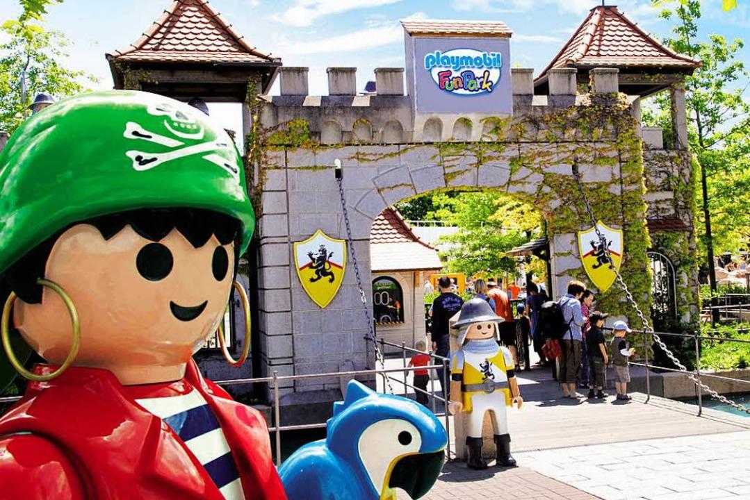 Hier beginnt das Abenteuer: am Eingang zum Playmobil-Funpark.  | Foto: Playmobil-Funpark/ geobra